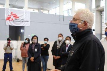 Premier Alan Winde at the closure of Khayelitsha field hospital