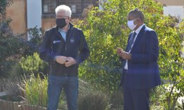 Premier Winde briefed by Mayor Klaasen at the opening of the Corona Viru....jpg